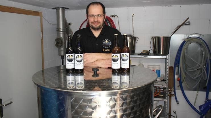 Martin Guldimann hat sich für 10 000 Franken eine Produktionsanlage angeschafft. Der Absatz seines Horriwiler Brummbacher-Biers wächst stetig.