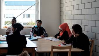 Im Erstaufnahmezentrum in Arlesheim wird abgeklärt und geplant, für welche der jungen Flüchtlinge eine Unterbringung in einer Pflegefamilie das Richtige ist.  (Symbolbild)