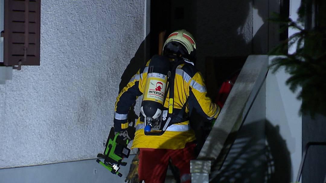 Brand in Wallisellen: Nachbarn retten 91-Jährige aus Haus