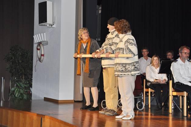 Die drei Schauspieler des Theatervirus Buchs sorgten für den roten Faden auf der Reise.