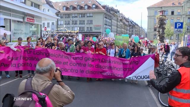 20'000 demonstrieren in Bern für Lohngleichheit