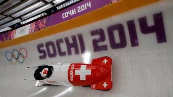 Der Kölliker Zweierbob-Pilot Rico Peter strebt an den Olympischen Spielen in Sotschi einen Rang in den Top 6 an. Dita Alangkara/Keystone