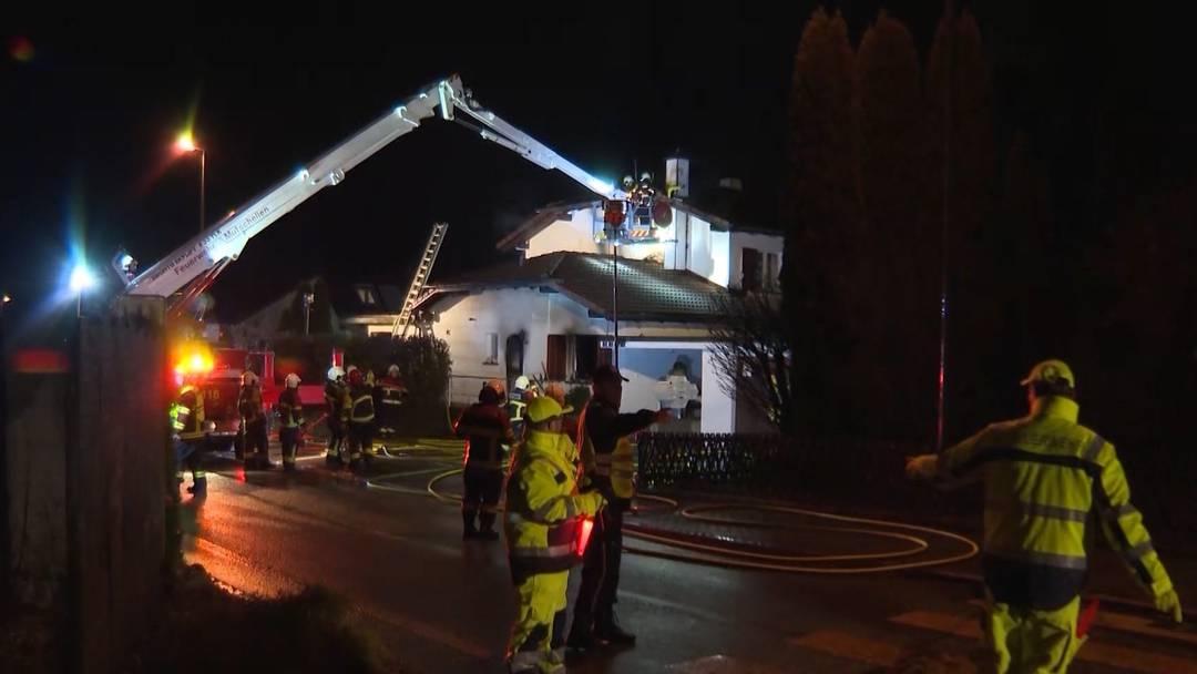 Todesopfer bei Brand in Zufikon