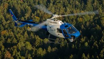 Dank eines Polizeihelikopters der Kantonspolizei Zürich konnte der Vermisste aufgefunden werden.