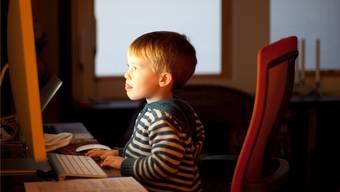 Programmiere die Computer-Games, die du spielen willst, und lerne gleichzeitig, wie Computer und Programme funktionieren. «Hello World!» zeigt dir, wie das geht. Lars Plougmann/Creative Commons
