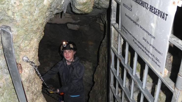 Der Zugang zum Nidlenloch, das auch Naturschutzgebiet ist