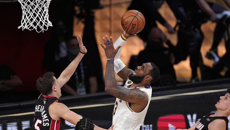 LeBron James gewann mit den Lakers im Oktober den Titel und wird im Dezember in die neue Saison starten