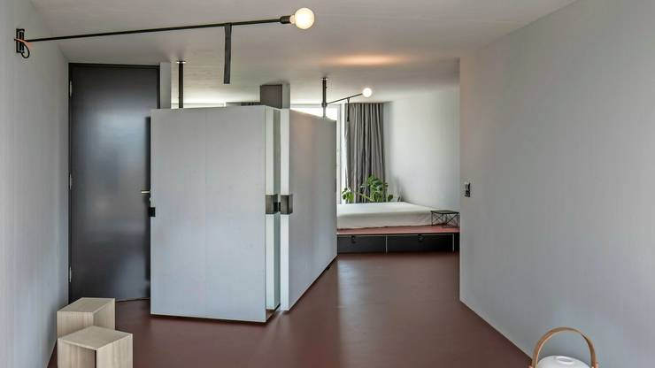 ...die Küche wird von Schrank und Wand verdeckt...