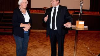 Am 1. Januar 2020 wurde Verena Widmer-Hersperger von Peter Hodel mit dem Verdienstpreis ausgezeichnet.