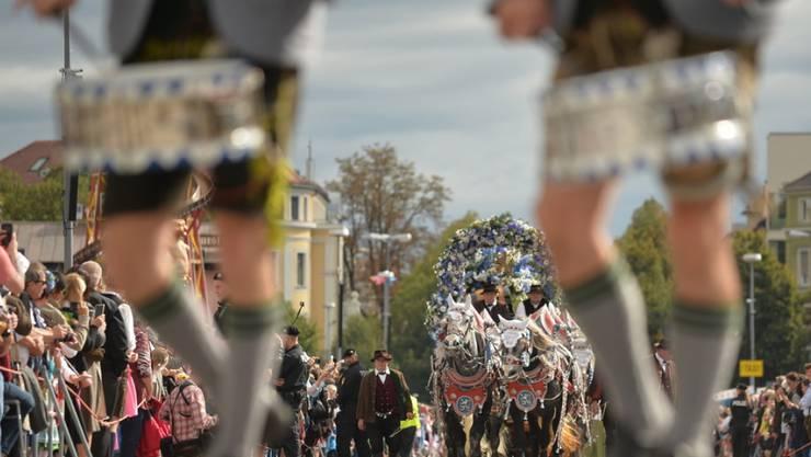 Ein weiterer Höhepunkt des Oktoberfests in München: Der traditionelle Trachtenumzug.