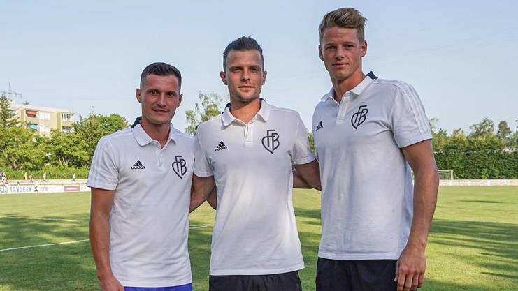 Das neue Captain-Team des FC Basel Valentin Stocker (Mitte), Taulant Xhaka (links) und Jonas Omlin.