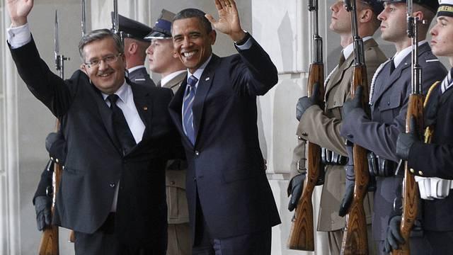 Gut bewacht: Barack Obama beim Besuch in Polen mit seinem Amtskollegen Bronislaw Komorowski