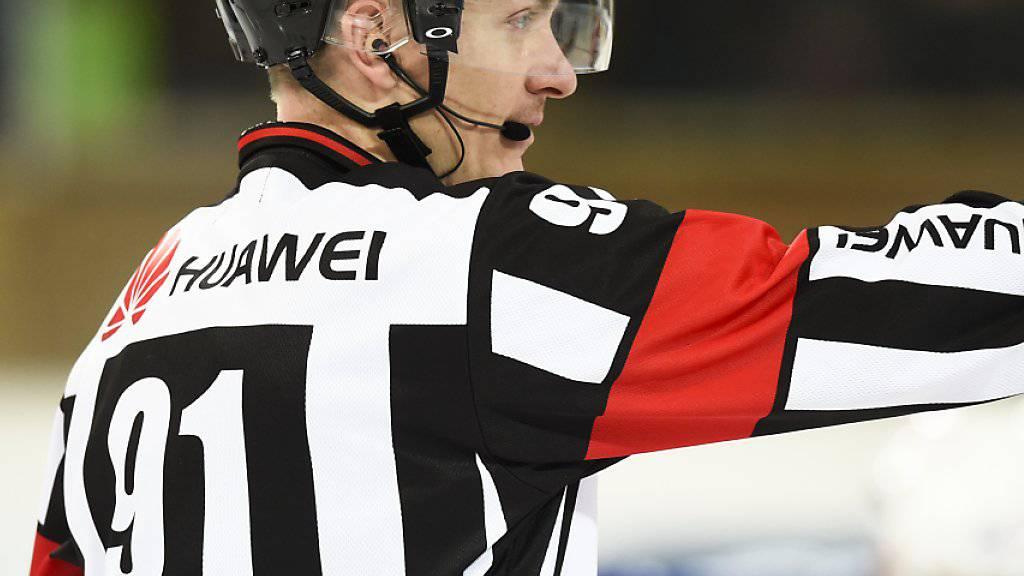 Head-Schiedsrichter Daniel Stricker  ist für die Eishockey-WM nominiert worden