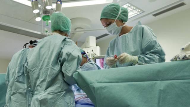 Zürich und Tessin arbeiten in der Herzchirurgie neu eng zusammen (Symbolbild)