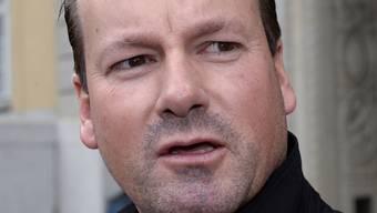 Peter Bozzetti beantwortet Fragen der Medien nach der Urteilsverkuendigung des Zuercher Bezirksgerichtes, am Freitag, 28. November 2014, in Zuerich.