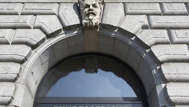 Der Kanton Luzern muss bei der Prämienverbilligung noch einmal über die Bücher. Er hat die dafür notwendige Einkommensgrenze nach Einschätzung des Bundesgerichts zu stark gesenkt. (Archivbild)