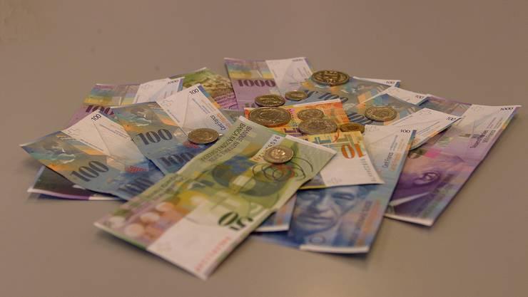 Auch wenn viele Gemeinden in diesem Jahr Kredite von wenigen 100000 Franken beantragten, kommt gesamthaft die stolze Summe von 45 Millionen zusammen. Archiv