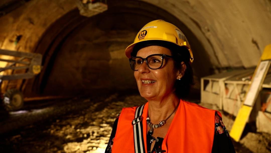 """""""Aufgeregt"""": Gubrist-Tunnelpatin Maya Grossmann im Interview"""