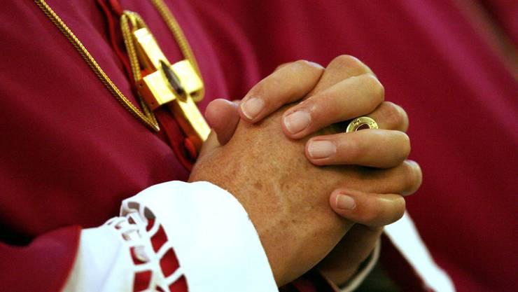Die katholische Kirche unterstützt Projekte gegen häusliche Gewalt (Symbolbild).JPG