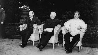 Die «Grossen Drei» in Potsdam: Attlee (GB), Truman (USA) und Stalin (SU).