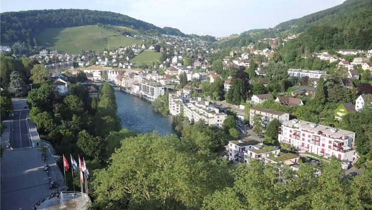 Baden (links) und Ennetbaden trennten sich nach Streitigkeiten im Jahr 1819. Jetzt wird die Wiedervereinigung zu einem Thema. Archiv/MRU