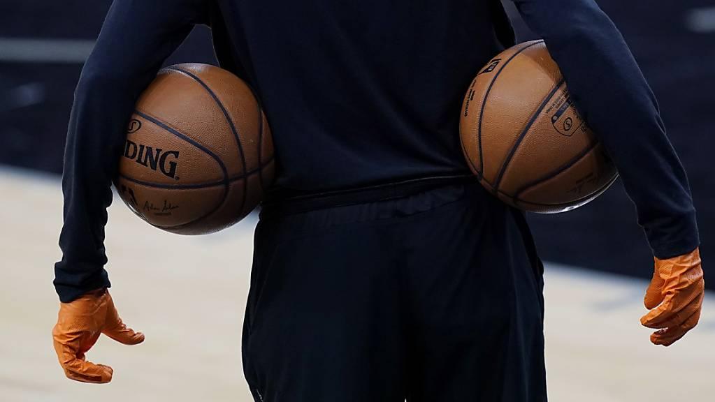 Ohne die bewährte Blase der letzten Saison wird es in der NBA zusehends kompliziert.