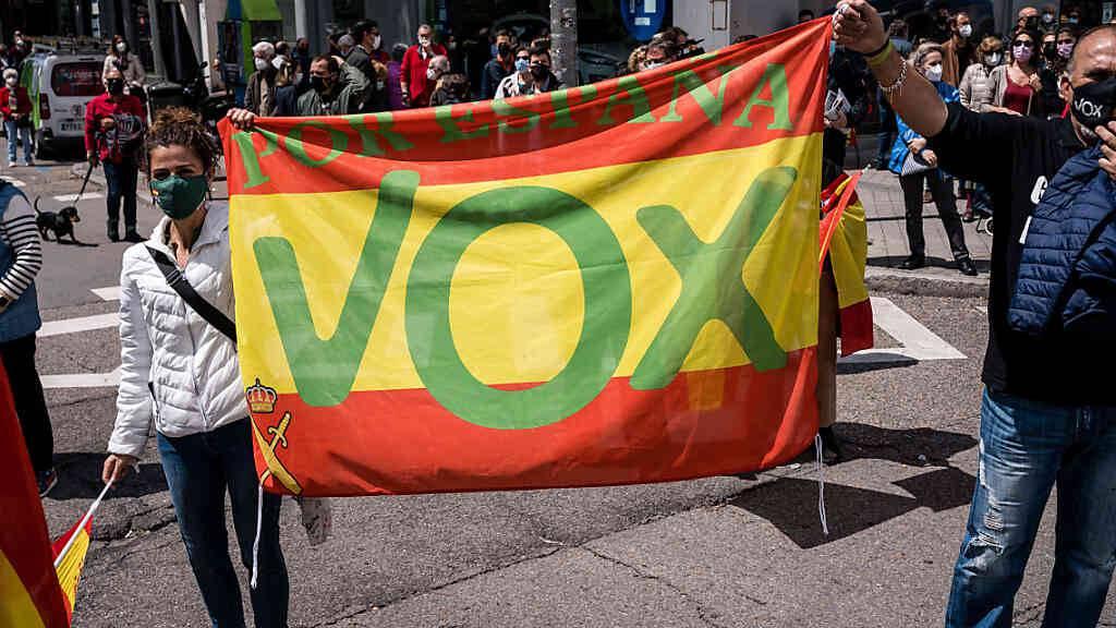 «Faschismus» oder «Kommunismus»: Vergifteter Wahlkampf in Spanien