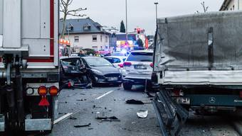 epa07904915 A view of the scene of an accident involving a stolen truck in Limburg, Germany, 07 October 2019 (issued 08 October 2019). According to police, a man reportedly stole the truck and crashed with seven cars, injuring nine people. Media reports state on 08 October 2019 that authorities are investigating the incident on the suspicion of a terrorist attack. EPA/MAXIMILIAN SEE