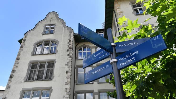 Sekundarschüler aus Starrkirch-Wil sollen weiterhin in Olten zur Schule gehen. Auch wenn der Gemeinderat nicht mit der Tarifanpassung einverstanden ist.