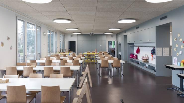 Alles unter einem Dach: Im Parterre kann die Schule Tagesstrukturen anbieten.