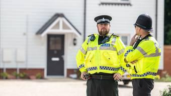 In diesem Haus in Amesbury rund hundert Kilometer westlich von London wurde das Paar am Samstag bewusstlos aufgefunden.