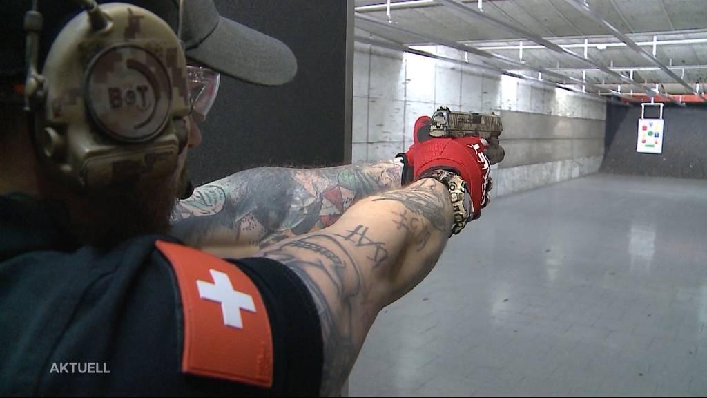 Schiess-Unfall: Polizist schiesst sich beim Training ins Bein