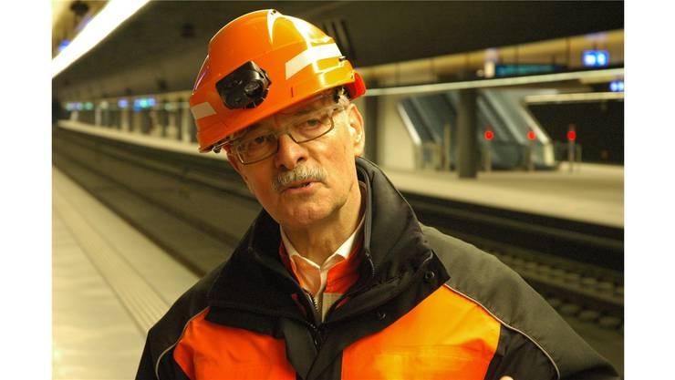 Roland Kobel, Projektleiter Durchmesserlinie, im neuen Bahnhof Löwenstrasse.