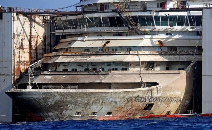 Die Costa Concordia ist bereit für ihre letzte Fahrt.