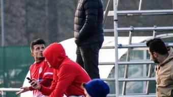 Naim Haziri nach seinem Platzverweis im Meisterschaftsspiel gegen die U21 des Grasshopper Club Zürich.