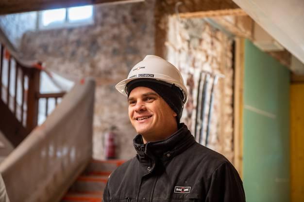 Sebastian Wüthrich, Projektleiter auf der Baustelle.