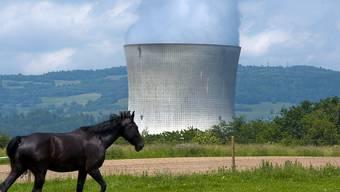 Das Kernkraftwerk Leibstadt AG wird nach einer Abschaltung wegen einer technischen Störung seit Montagabend wieder hochgefahren. (Archivbild)