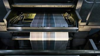 Die Aargauer Regierung kann sich vorstellen, Printmedien befristet zu unterstützen. (Archivbild)