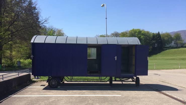 In mehreren Niederämter Gemeinden dient ein umgestalteter Bauwagen (im Bild jener der Offenen Jugendarbeit Lostorf/Obergösgen) als mobiler Jugendtreff.
