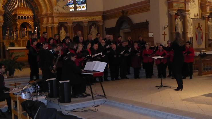 Der Auftritt des Chores in der Pfarrkirche Balsthal trug zu der feierlichen Atmosphäre bei.