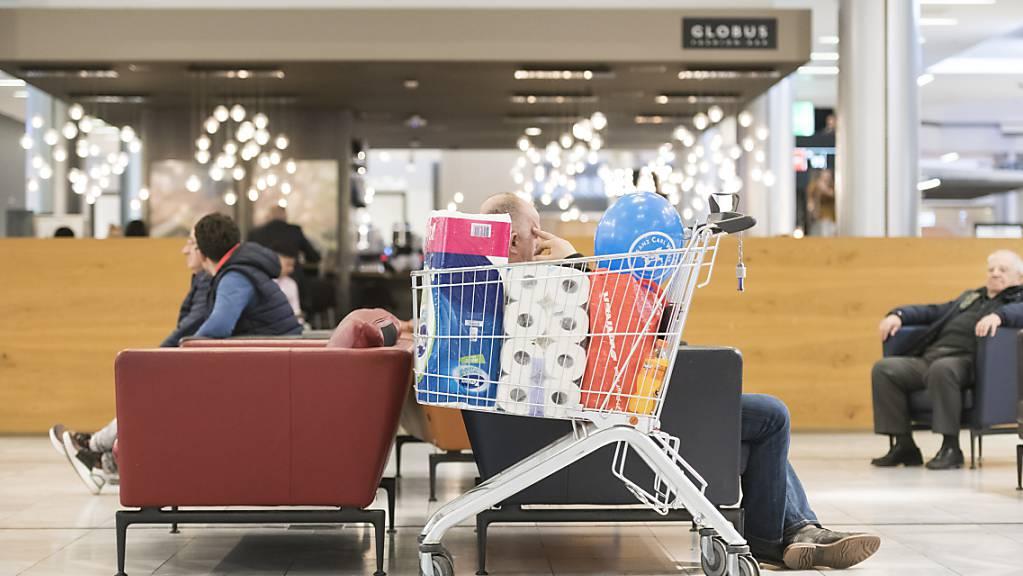Der Schweizer Detailhandel hat sich im ersten Halbjahr trotz Coronakrise positiv entwickelt. (Archivbild)