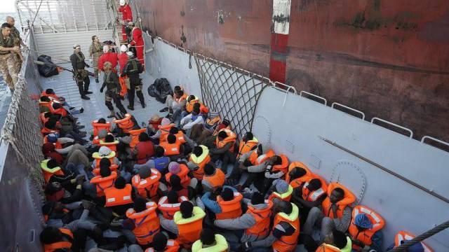 Tausende wagen jedes Jahr die Überfahrt nach Europa (Archiv)