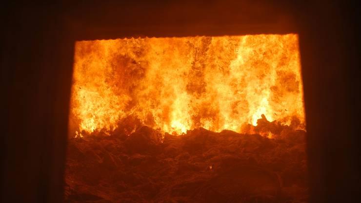 1000 Grad: Der neue Ofen hat seit Anfang Jahr 42000 Tonnen verbrannt. Elia Diehl