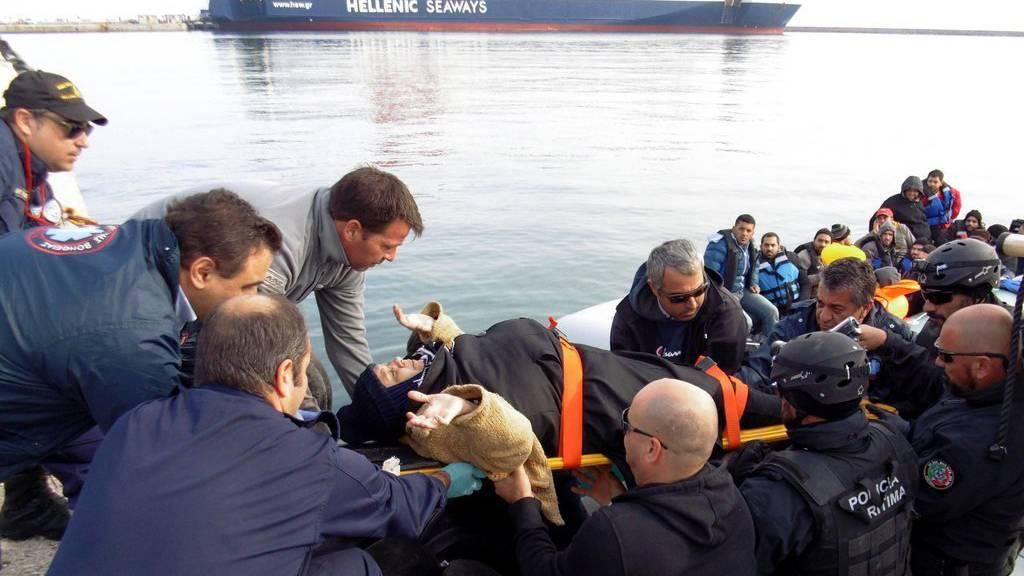 Die meisten Flüchtlinge kommen übers Mittelmeer nach Europa.
