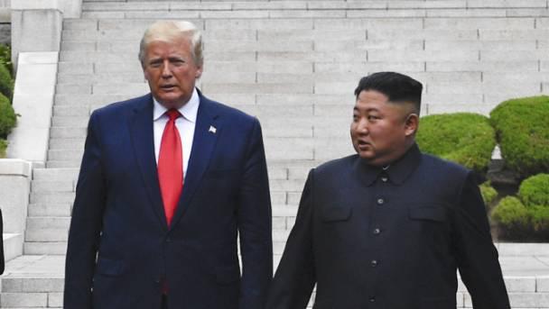 Das Gesprächsklima zwischen US-Präsident Donald Trump und dem Diktator Nordkoreas Kim Jung Un scheint sich abzukühlen - Nordkorea erklärte am Samstag die Verhandlungen über eine Denuklearisierung des Landes für beendet. (Archivbild)