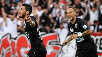 Petar Misic jubelt nach dem Tor zum 1:0 für den FC Aarau.