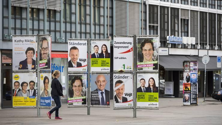 Wahlplakate der Zürcher Kandidaten für die National- und Ständeratswahlen im Oktober 2015.