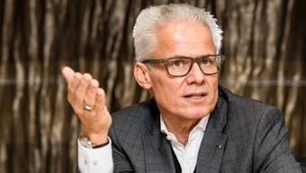 Rudolf Obrecht, Präsident der Möbel-Pfister-Gruppe, beim Gespräch mit dieser Zeitung.