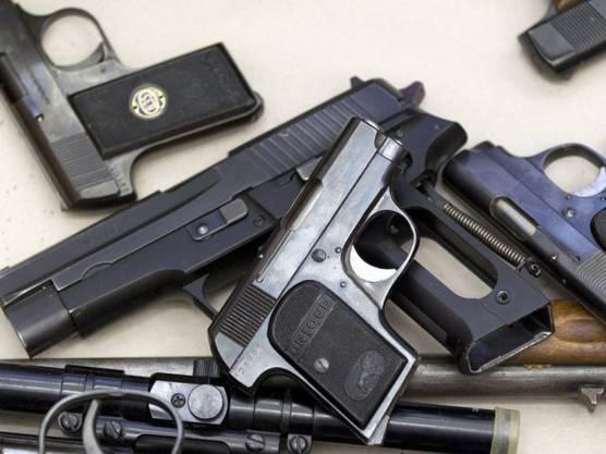 Kleinwaffen bei einer freiwilligen Waffenabgabe in Zürich (Archiv)
