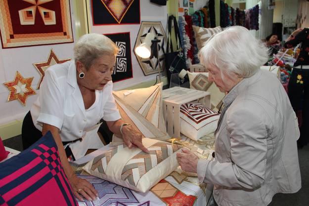 Auch Hobbykünstler, etwa mit Quilts, waren vertreten